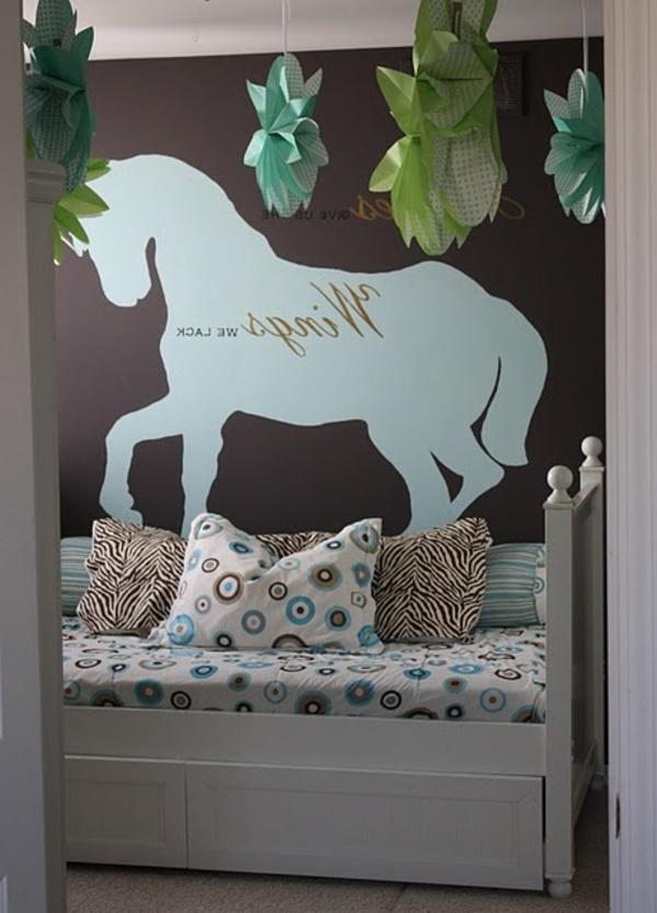 pferde kinderzimmer ideen. Black Bedroom Furniture Sets. Home Design Ideas