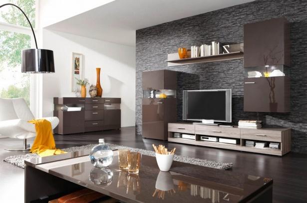 Wohnzimmereinrichtung braun weiß