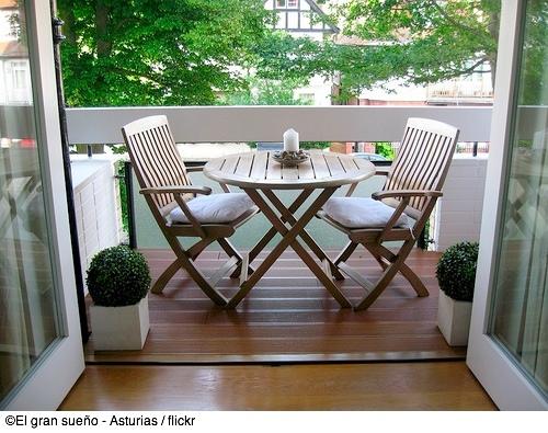 kleine balkone gartenm bel. Black Bedroom Furniture Sets. Home Design Ideas