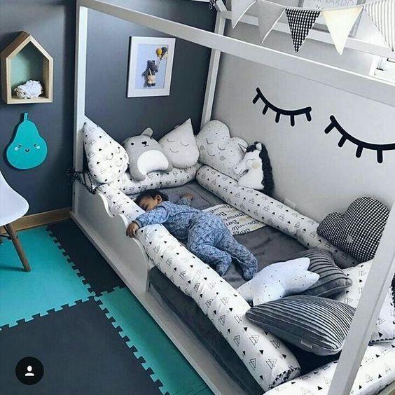 kleines m dchenzimmer. Black Bedroom Furniture Sets. Home Design Ideas