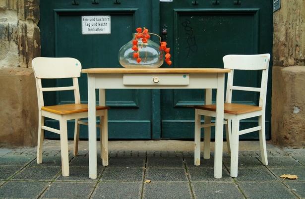 Küchenstühle und tisch