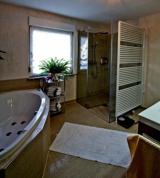 Badgestaltung Fliesen Beispiele Wohndesign: Badgestaltung Dusche