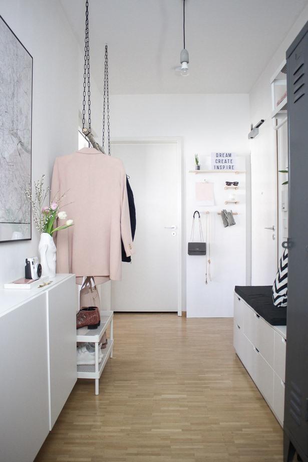 gem tlicher flur. Black Bedroom Furniture Sets. Home Design Ideas