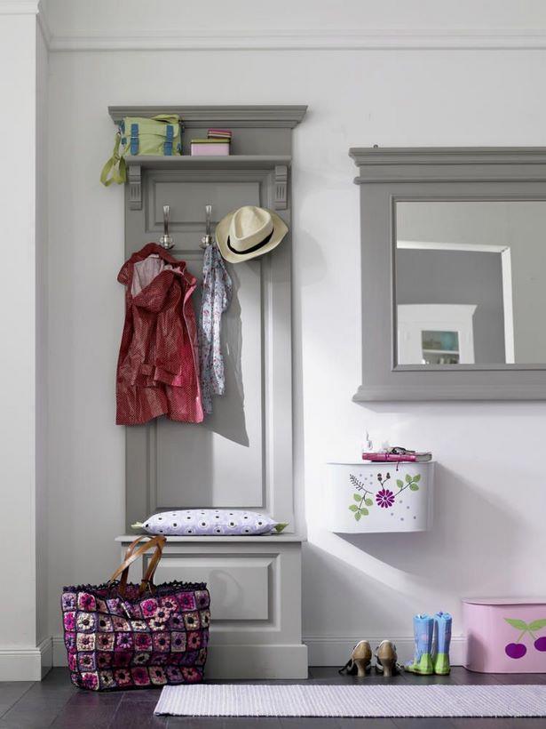 schmale flurgarderobe. Black Bedroom Furniture Sets. Home Design Ideas