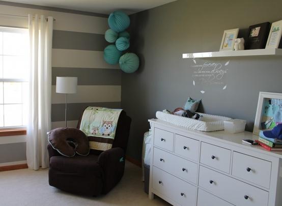 Babyzimmer deko wand - Pompoms kinderzimmer ...