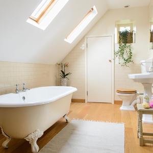 Badezimmer dachschräge ideen