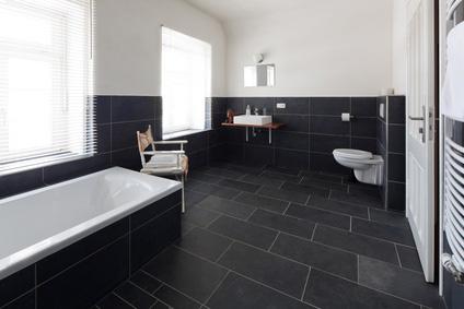 Moderne Bäder Fliesen schwarze fliesen bad