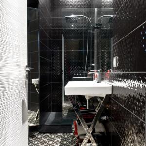 Badezimmer Mit Schwarzen Fliesen schwarze fliesen badezimmer