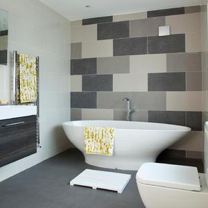 wandgestaltung bad ideen. Black Bedroom Furniture Sets. Home Design Ideas