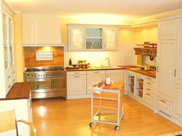 wandgestaltung in der k che. Black Bedroom Furniture Sets. Home Design Ideas