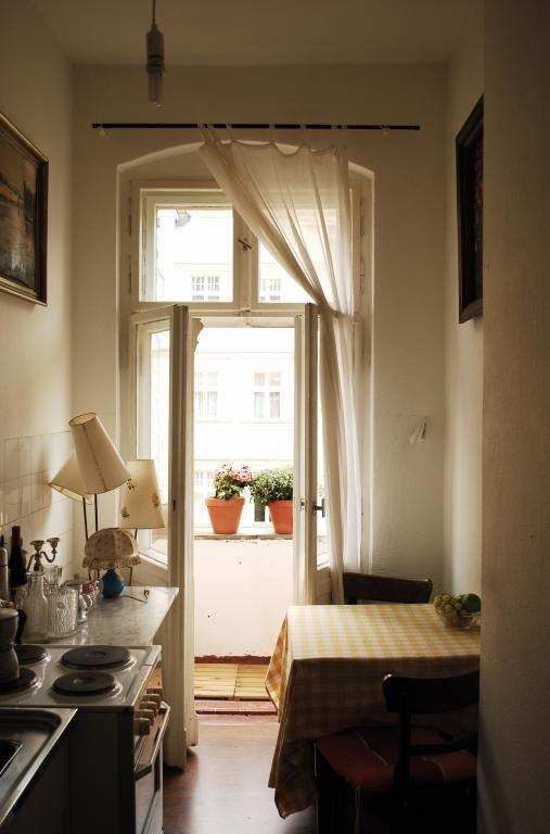 plattenbau kche cheap with plattenbau kche grifflose kchen with plattenbau kche amazing die. Black Bedroom Furniture Sets. Home Design Ideas