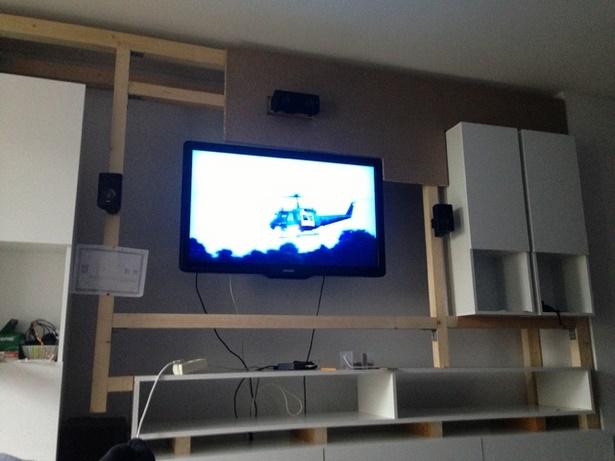Wohnzimmerwand selbst gestalten